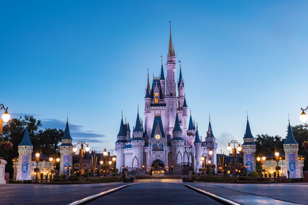 Disney World dispensará uso de máscara para vacinados
